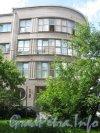 Пр. Стачек, дом 18. Фрагмент фасада. Вид с Урхова пер. Фото 25 июня 2012 г.