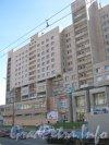 Пр. Просвещения, дом 87. Фрагмент фасада. Фото 3 июля 2012 г.