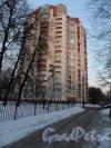 Институтский проспект, дом 19. Новый кирпично-монолитный дом с охраняемой территорией.
