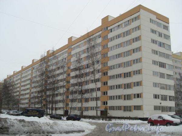 Ленинский пр., д. 117, корпус 2. Общий вид дома. Фото 2011 г.