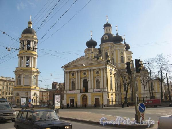 Собор иконы Владимирской Божьей Матери (Владимирский собор) на Владимирской площади. Фото июнь 2008 г.