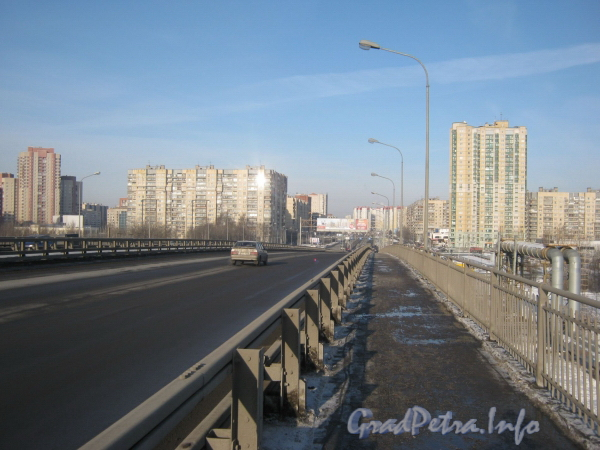 Перспектива Индустриального проспекта от Российского путепровода. Фото февраль 2012 г.