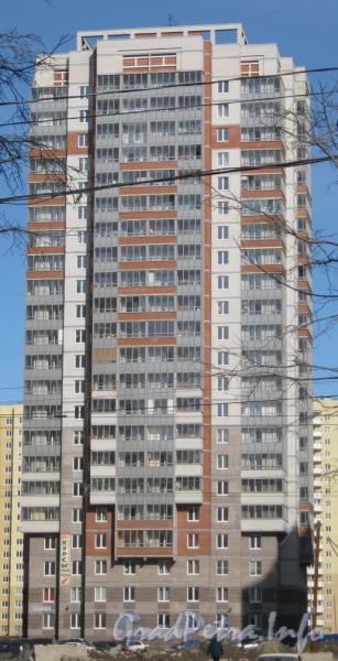 Ленинский пр., дом 80, корпус 1. Фасад со стороны Ленинского пр. Фото март 2012 г.