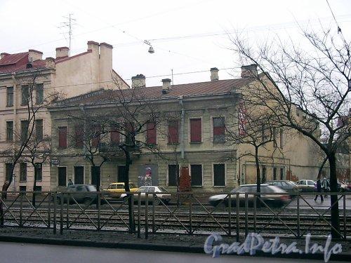 Лиговский пр., дом 150. Общий вид здания до реконструкции. Фото март 2004 года.