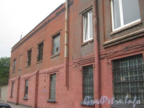 Лиговский пр., дом 289. Левая часть фасада. Фото 26 июня 2012 г.