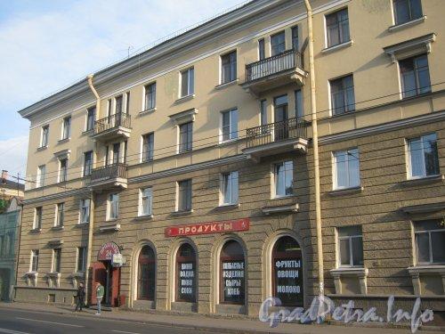 Волковский пр., дом 12. Средняя часть фасада. Фото 18 сентября 2012 г.