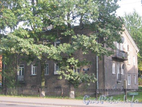 Волковский пр., дом 18. Фасад дома. Фото 18 сентября 2012 г.