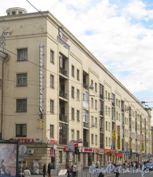 Пр. Энгельса, дом 55. Общий вид с пр. Энгельса. Фото сентябрь 2012 г.