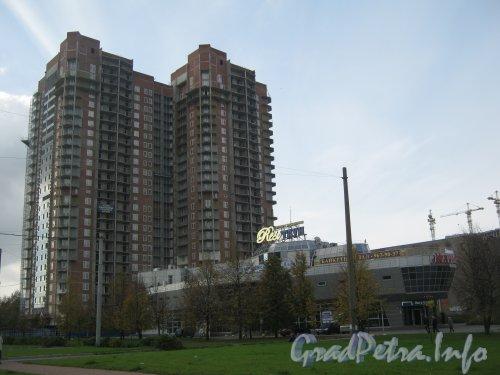 Строительство жилого дома «Актерский Олимп». Фото 3 октября 2012 г.