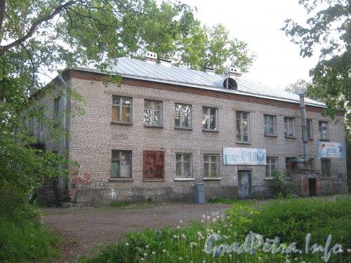 Пр. Народного ополчения, дом 247, корпус 2. Вид со стороны двора. Фото 9 июня 2012 г.