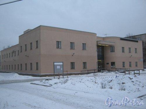 Пр. Народного ополчения, дом 207, корпус 1. Общий вид здания. Фото 6 января 2013 г.