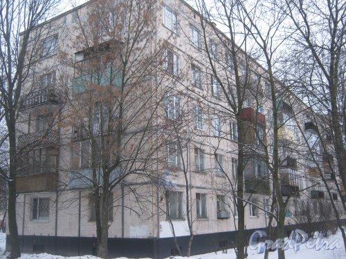 Пр. Народного ополчения, дом 205. Общий вид со стороны дома 207 корпус 1. Фото 6 января 2013 г.