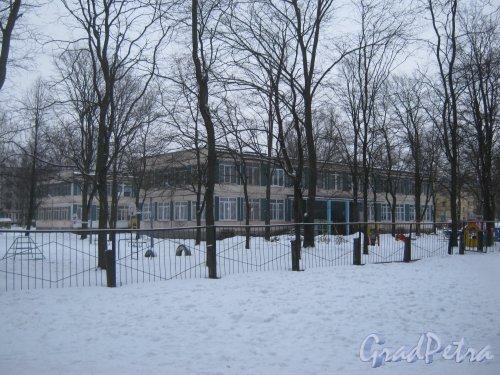 Пр. Народного ополчения, дом 209, корпус 3. Общий вид здания детского сада. Фото 6 января 2013 г.