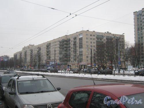Гражданский пр., дом 114, корпус 1. Общий вид здания с Киришской ул. Фото 30 января 2013 г.