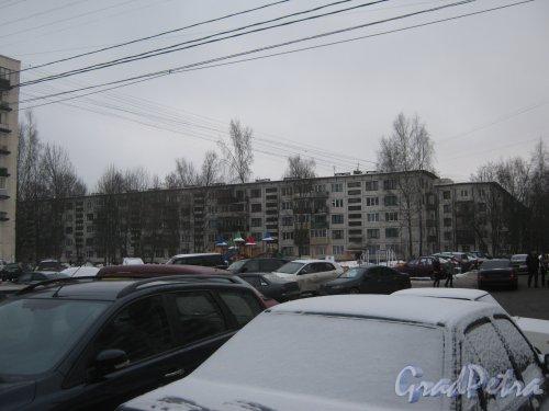 Гражданский пр., дом 117, корпус 4. Общий вид с Киришской ул. Фото 30 января 2013 г.