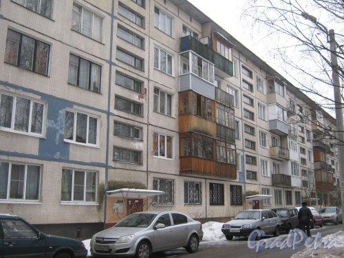 Гражданский пр., дом 107, корпус 3. Общий вид здания со стороны дома 6 корпус 3 по ул. Черкасова. Фото 30 января 2013 г.