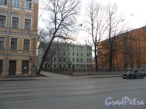 Старо-Петергофский проспект, дом 8, литер А. Фото 15 апреля 2013 г.
