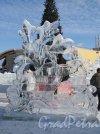 """пр. Культуры, дом 41. ТЦ """"Северный молл"""". Ледяной городок. Фото февраль 2013 г."""