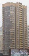 Ленинский пр., дом 78, корпус 2. Общий вид с пр. Кузнецова. Фото 29 декабря 2013 г.