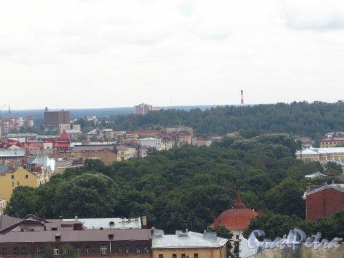 Г. Выборг, пр. Ленина. Вид на парк-эспланада с башни Святого Олафа. Фото 19 августа 2012 г.