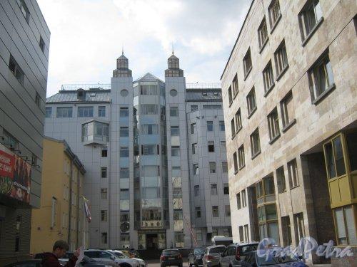 Лиговский пр., дом 94, корпус 2. Общий вид с Транспортного пер. Фото 10 июня 2013 г.