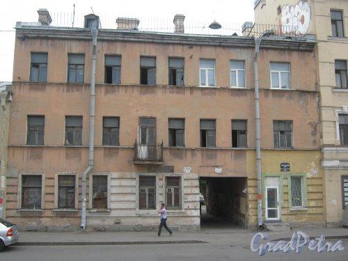 Лиговский пр., дом 216. Общий вид здания. Фото 10 июня 2013 г.