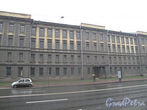 Кадетский ракетно-артиллерийском корпус (литера Б) Служебное здание. Фото май 2013 г.
