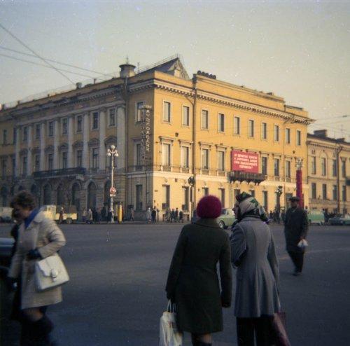 Невский проспект, дом 38. Общий вид. Фото 1974 года.