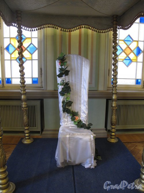 Лермонтовский пр., д. 2. Большая хоральная синагога. Венчальный зал. Место для невесты. Фото апрель 2013 г.
