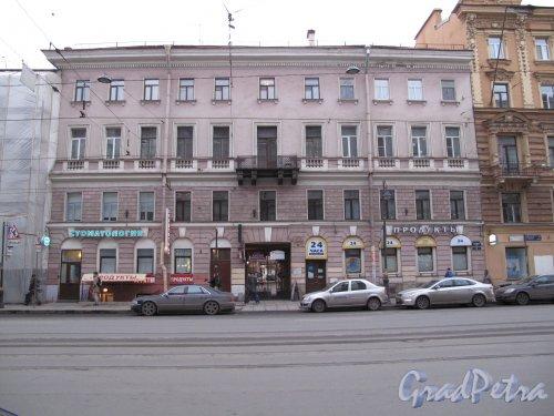 Литейный пр., д. 52. Доходный дом с проходом на ул. Жуковского, д. 6. Общий вид фасада. фото декабрь 2013 г.