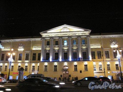 Невский пр., д. 84-86. Дом Актера в ночном освещении. Фото кон. декабря 2013 г.