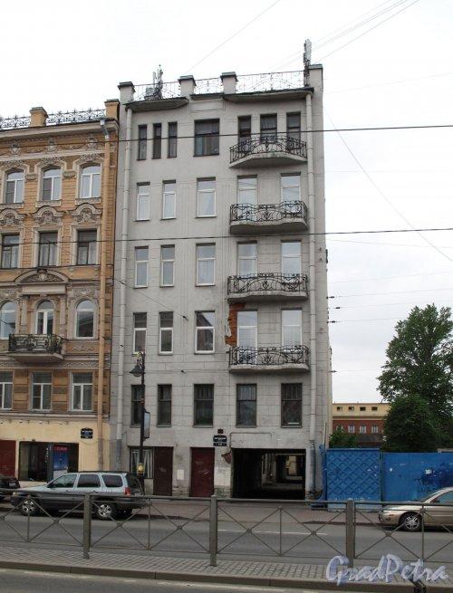 Лиговский пр., д. 131. Доходный дом Н. Н. Елизарова. Общий вид фото май 2013 г.