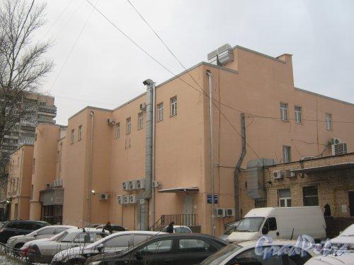 Ленинский пр., дом 127, корпус 1. Общий вид со стороны двора. Фото 12 января 2014 г.