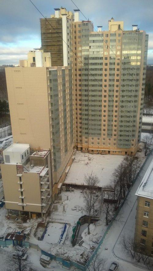 Санкт-Петербург, Выборгский р-н, Зеленогорская ул. д.13