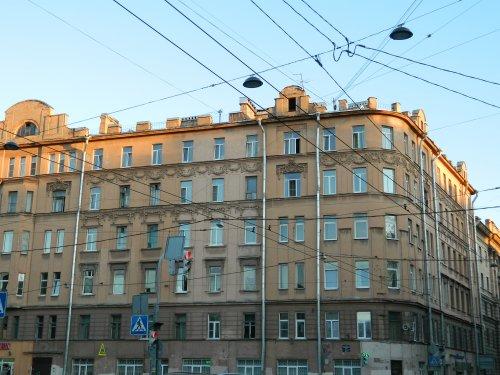 Санкт-Петербург,Введенская ул. - 6 комн. квартира продажа (вторичное)