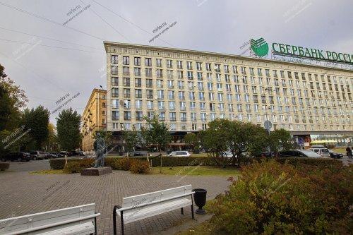 Санкт-Петербург,Петровская наб. - 3 комн. квартира продажа (вторичное)