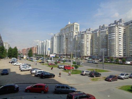 Санкт-Петербург,Комендантский пр. (Приморский р-н) - 3 комн. квартира продажа (вторичное)