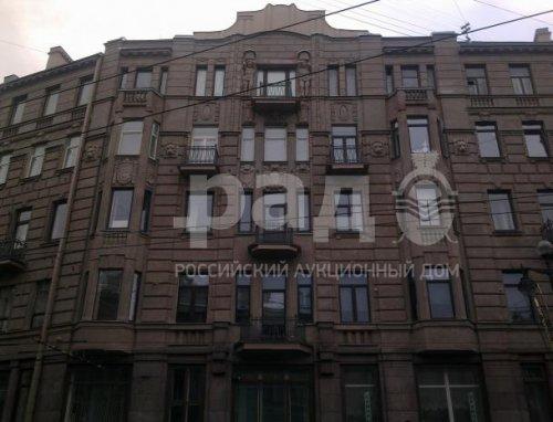Санкт-Петербург,Невский пр. - 8 комн. квартира продажа (вторичное)